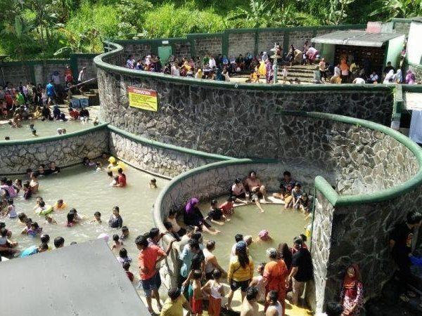 Mengapa Wisata Pacet Banyak Dikunjungi Wisatawan