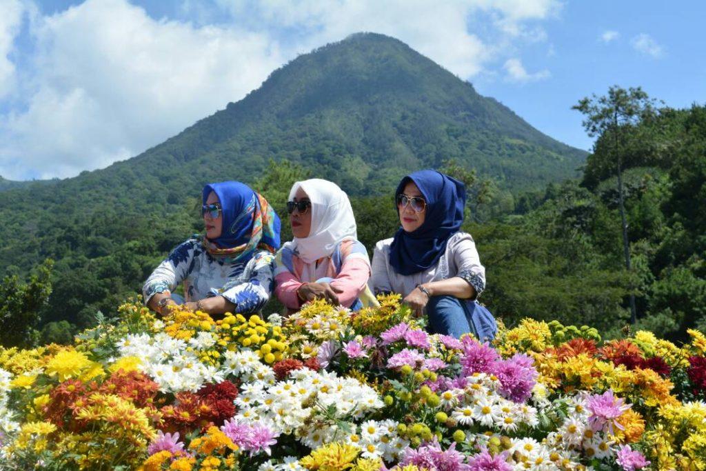 Batu Flower Garden, Air Terjun Coban Rais