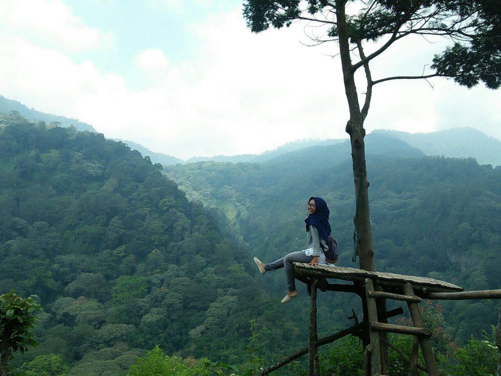 pemandangan meanwan di wisata panorama alam petung sewu